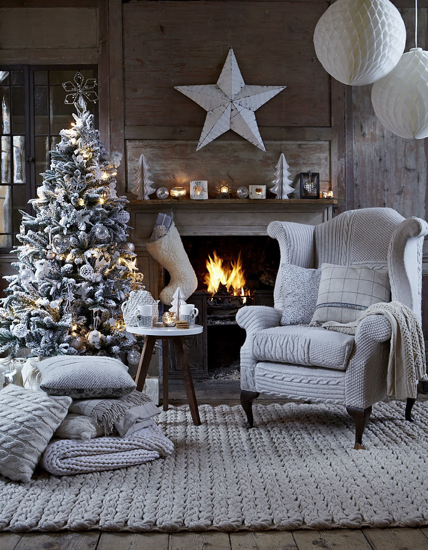 Modern-Christmas-Decorations-for-Inspiring-Winter-Holidays-26